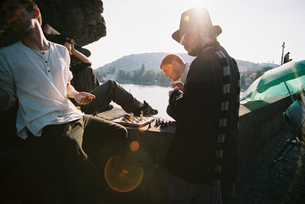 Schaken op de Karlesbrug