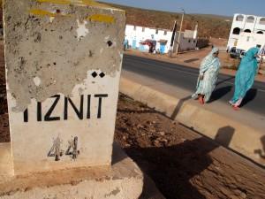Wegpaaltje Tiznit 44 km